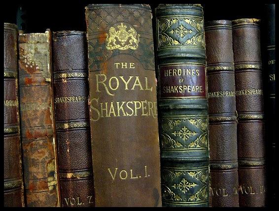 """Главна статија: """"Комедиите на Шекспир""""."""